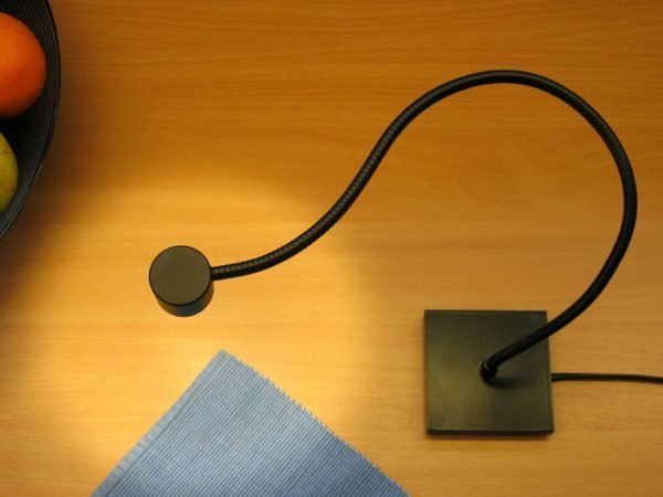 leeslamp led zwart, met flexibel en vierkante voet, met schakelaar voor op bureau