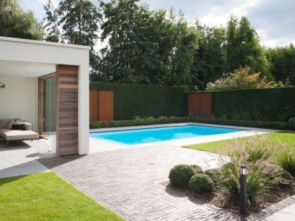 zwembad met tuinverlichting van 62 cm hoogte