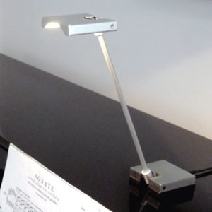LED reading lamp foldable on piano